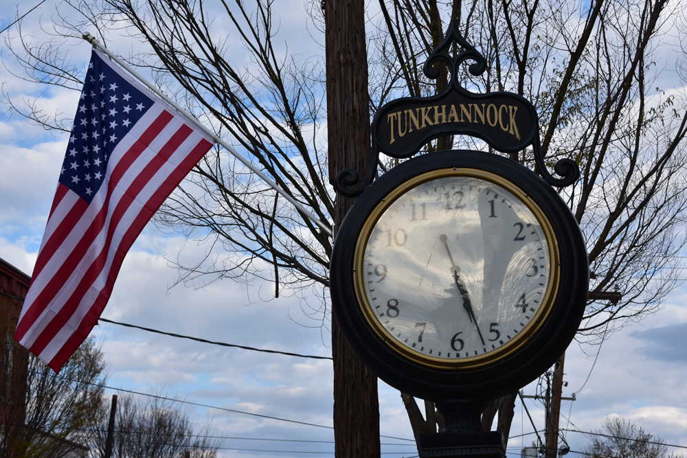 Tunkhannock clock and American flag